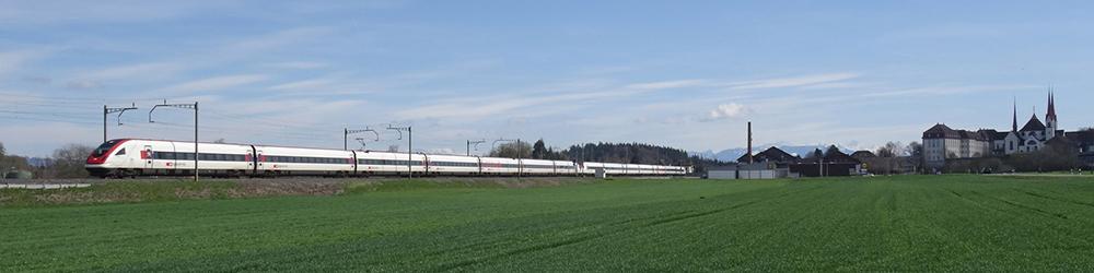Intercity Lugano-Zürich bei Muri AG ©luwi